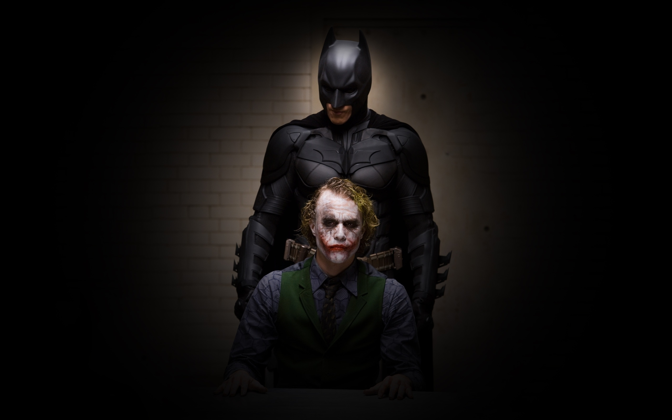 the dark night online free
