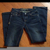 Jeans Cross Pocket Image