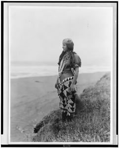 Woman S Primitive Dress--tolowa Image