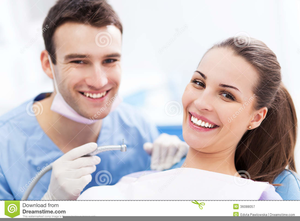 Free Clipart Of Dentist With Patient Image
