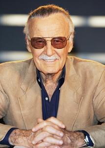 Stan Lee (1922 - 2018)