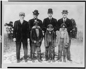 [abe Rachlin (prospect From Newark), Ad Brennan, Jim Moroney, Frank Scanlan, & Three Afro-american Boys Who Were Mascots (baseball)] Image