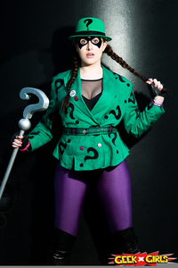 Lady Riddler Cosplay Image