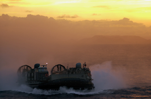 A Landing Craft Air Cushion (lcac) Assigned To Assault Craft Unit Four (acu-4), Homebased In Little Creek, Va., Makes Her Way Back To Oak Hill After Training In The Arabian Gulf Image