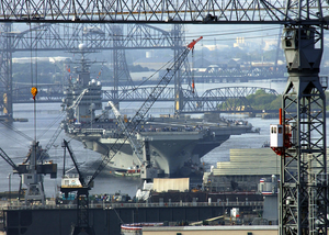 Uss George Washington (cvn 73) Transits Out Of The Norfolk Naval Shipyard In Portsmouth, Va Image