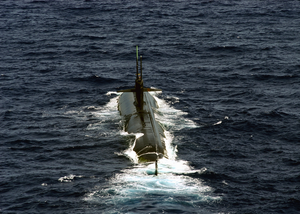 Uss Albuquerque (ssn 706) Steams Through The Atlantic Ocean Image