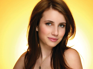 Emma Roberts Hotel For Dogs Shoot Hd Normal Image